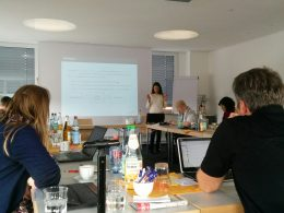 Photo of the 2nd Göttingen-Hildesheim NLP/DH Workshop 2016: Maria presenting her work on the investigation of text reuse literalness